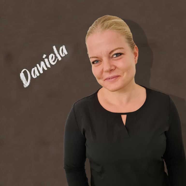 Dr. Daniela Lohaus